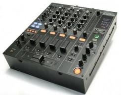 Mengpanelen en mixers
